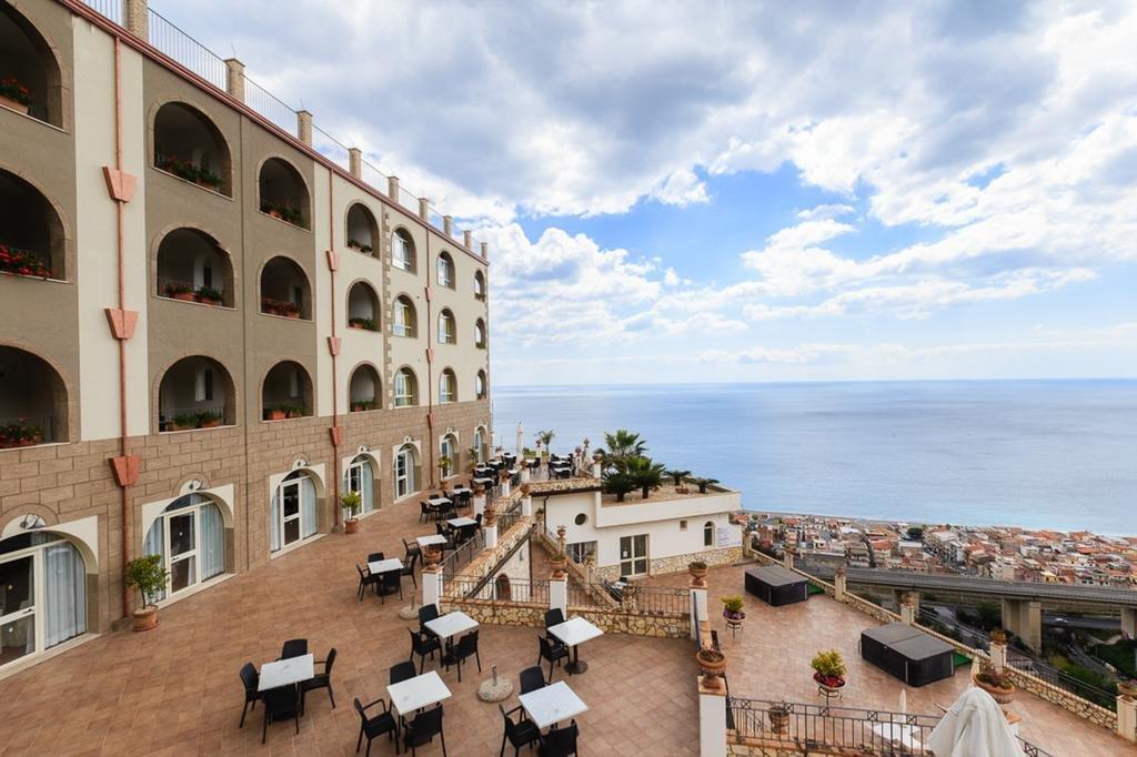 Hotel Le Terrazze Letojanni