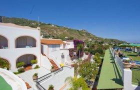 Vacanze presso Hotel Castiglione Village & SPA Forio di Ischia